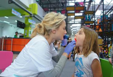 Zdrowe zęby z Wiewiórem – profilaktyka w szkołach